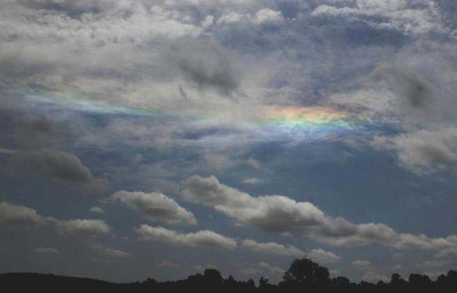 iridescent-clouds-mike-O-Neal-5-27-2013